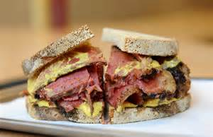 smoked-meat-sandwich